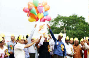ABM Abul Kashem, MP, Chairman of the parliamentary standing committee on commerce ministry flying ballon