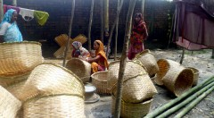 Handicraft product making by women