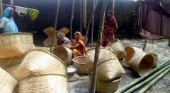Handicraft product making by women
