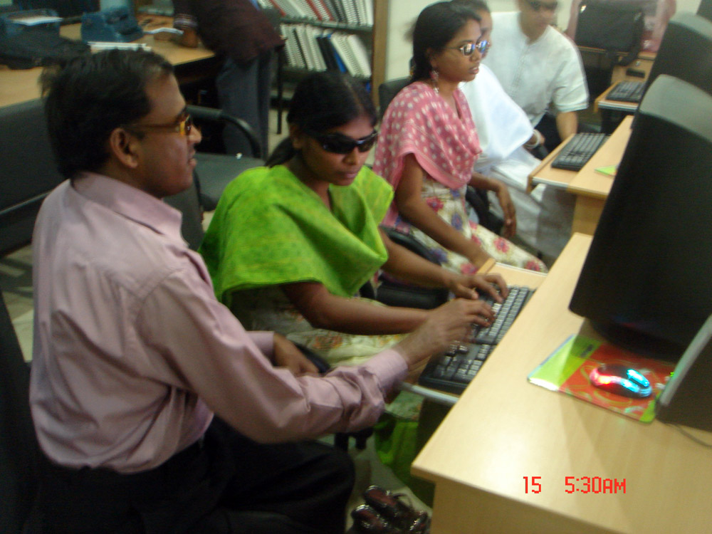 Computer training at IRCD