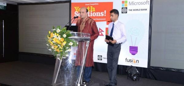 Vashkar Bhattacharjee from YPSA, Bangladesh presenting the project