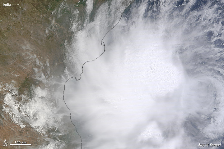 NASA's Terra satellite captured this Cyclonic storm 'Mahasen'.