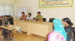 """Disabled women receive training on """"How to make shopping bag from paper"""" YPSA"""