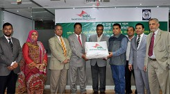 Md. Arifur Rahman, Chief Executive of YPSA received blankets from Major (Retd.) Dr. Md.Rezaul Haque, Chairman of SIBL