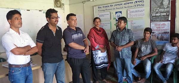 visitor in a listeners club of Radio Sagor Giri