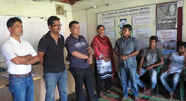 visitor in a listeners club of Radio Sagor Giri
