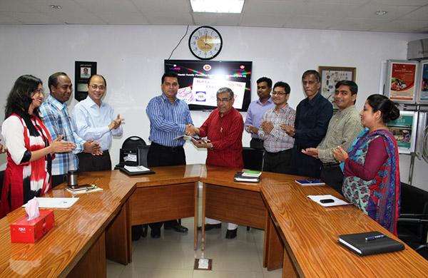 Dr. Abu Jamil Faisel , PD of Mayer Hashi - II & Country Representative of EngenderHealth Bangladesh and Md. Arifur Rahman, Chief Executive of YPSA