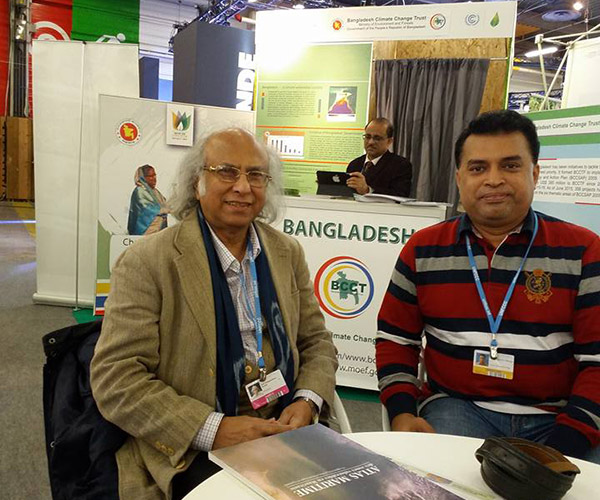 Md. Arifur Rahman and Dr.Qazi Kholiquzzaman Ahmad at Bangladesh Stall