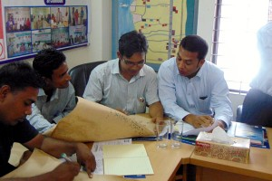 Field Facilitators are doing group work