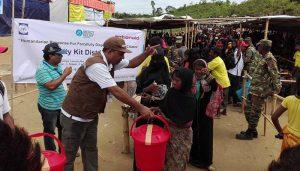 Women receiving dignity kits