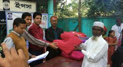 blanket distribution to elderly people