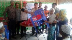 Age-friendly Kit distributing by Chief Executive of YPSA