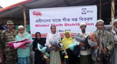 Winter cloth distribution to displaced Rrohingya