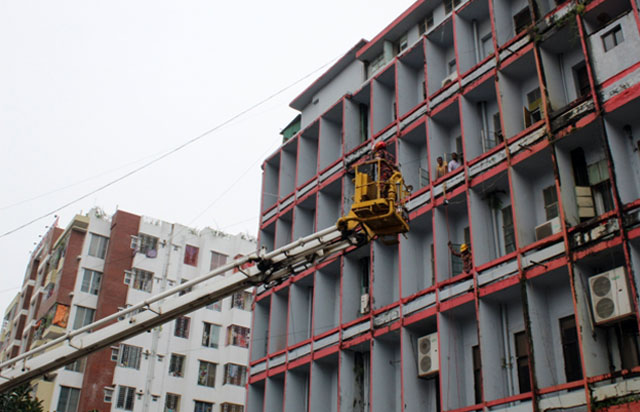 Rescue from building