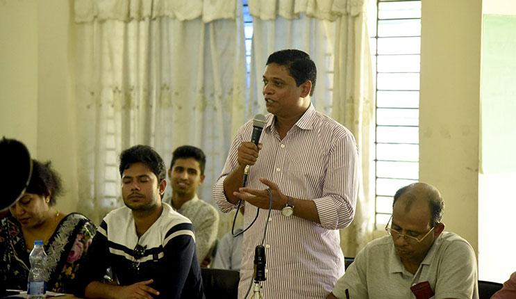 Speech by journalist