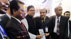 State Minister visits YPSA stall
