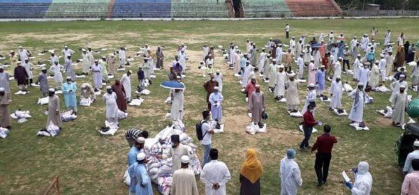 Food distribution at Birshreshtha Ruhul Amin Stadium
