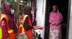 Women Volunteers knock door tot door