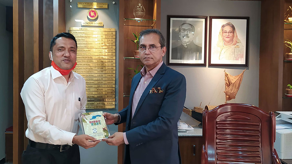 YPSA handover DIARY to Refugee Relief and Repatriation Commissioner, Mr. Shah Rezwan Hayat